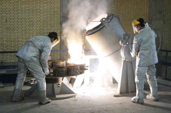 Iran「Iranian President Tours Nuclear Facilities」:写真・画像(5)[壁紙.com]
