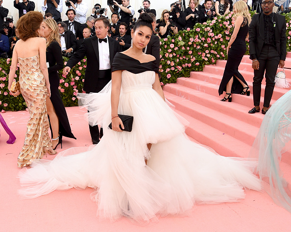 Layered Dress「The 2019 Met Gala Celebrating Camp: Notes on Fashion - Arrivals」:写真・画像(7)[壁紙.com]