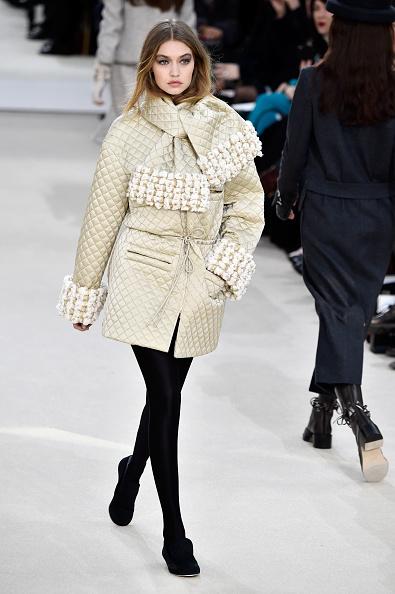 Tied Knot「Chanel : Runway - Paris Fashion Week Womenswear Fall/Winter 2016/2017」:写真・画像(5)[壁紙.com]