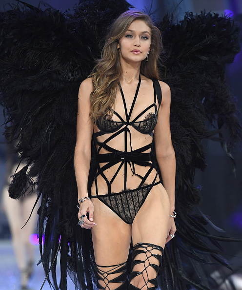 Victoria's Secret「2016 Victoria's Secret Fashion Show in Paris - Show」:写真・画像(10)[壁紙.com]