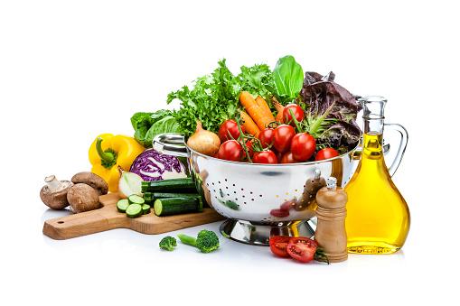 Broccoli「Healthy fresh vegetables for preparing salad isolated on white background」:スマホ壁紙(3)