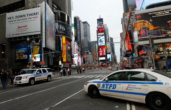 Dawn「Car Bomb Found In New York's Times Square」:写真・画像(12)[壁紙.com]