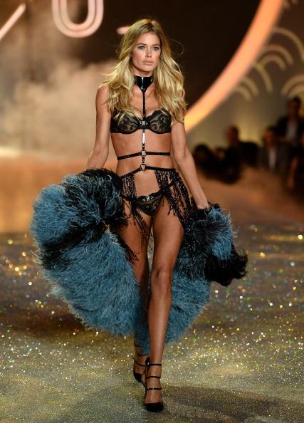 Victoria's Secret Fashion Show「2013 Victoria's Secret Fashion Show - Show」:写真・画像(11)[壁紙.com]