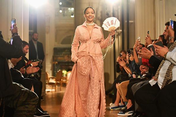 Catwalk - Stage「FENTY x PUMA by Rihanna : Runway - Paris Fashion Week Spring/Summer 2017」:写真・画像(19)[壁紙.com]