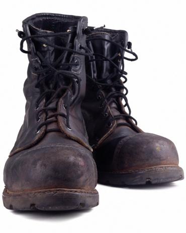 Walking「dirty old combat boot」:スマホ壁紙(2)