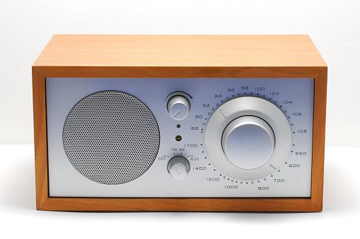 Choosing「Classic radio」:スマホ壁紙(19)