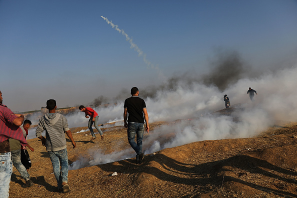 Gaza Strip「Funerals Held For Nearly 60 Palestinians Killed In Violence On Israeli Border」:写真・画像(13)[壁紙.com]