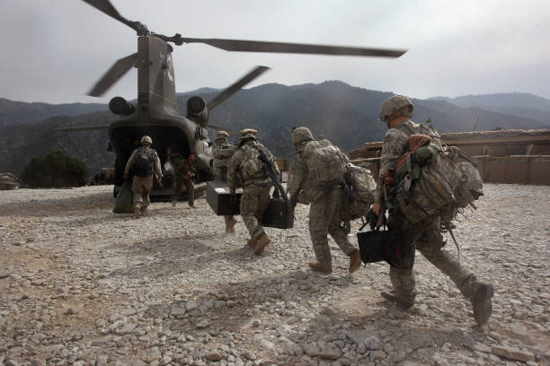 U.S. And Afghan Forces Battle Taliban In Kunar Province:ニュース(壁紙.com)