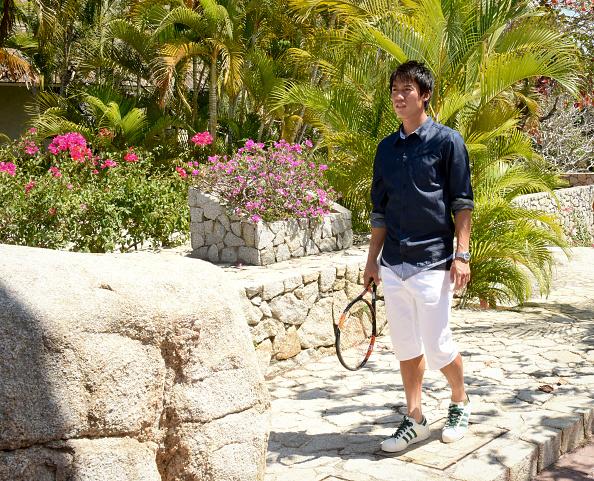 Kei Nishikori「Tennis Pro Kei Nishikori Enjoying Some Down Time In Acapulco, Mexico」:写真・画像(10)[壁紙.com]