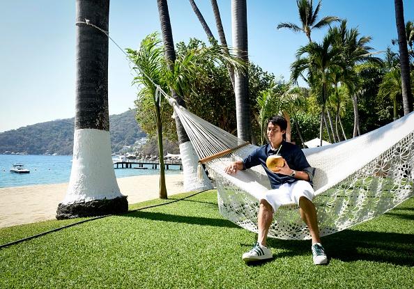 Kei Nishikori「Tennis Pro Kei Nishikori Enjoying Some Down Time In Acapulco, Mexico」:写真・画像(1)[壁紙.com]