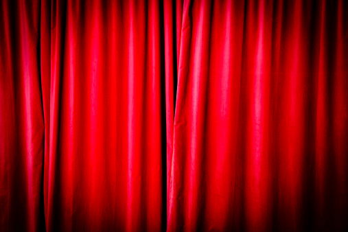 Velvet「Red curtain」:スマホ壁紙(14)