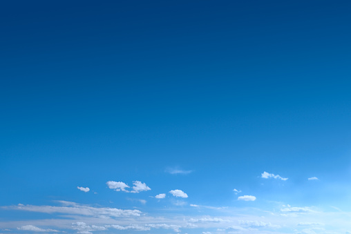 Sky「Clear Blue Sky Background With Scattered Clouds」:スマホ壁紙(4)