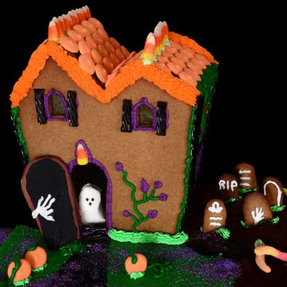 Halloween ghost「Halloween Gingerbread House」:スマホ壁紙(14)