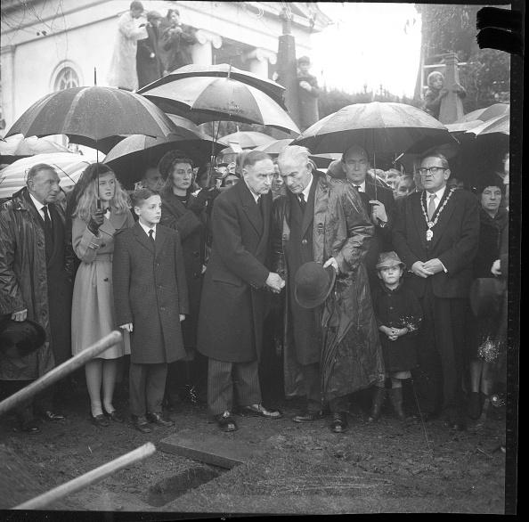 T 「W.T. Cosgrave Funeral」:写真・画像(10)[壁紙.com]