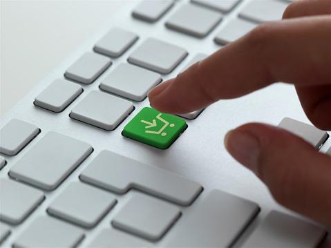 E-Mail「Shopping cart icon on keyboard」:スマホ壁紙(18)