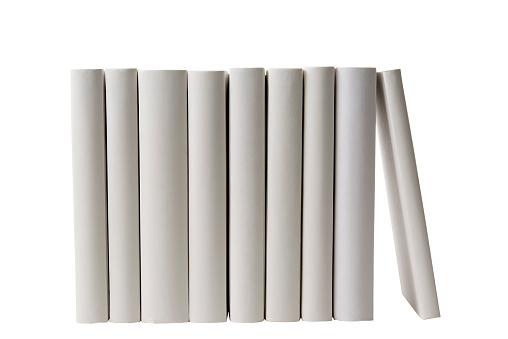並んでいる「列の白い空白の書籍棘に白背景」:スマホ壁紙(8)
