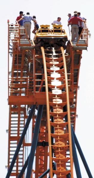 Mountain Peak「Six Flags Roller Coaster Shut Down」:写真・画像(9)[壁紙.com]