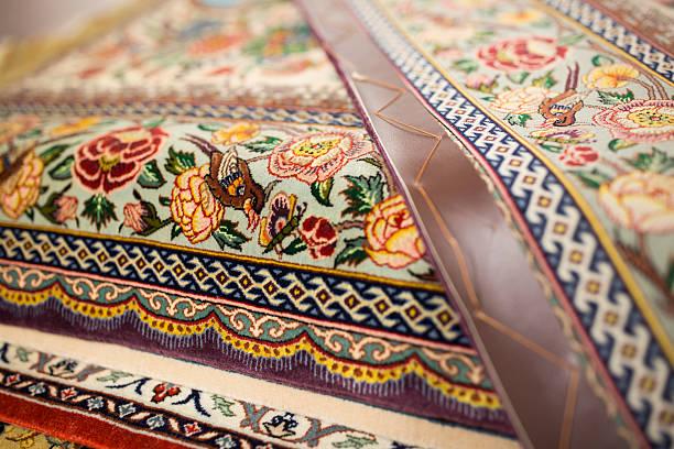 Oriental Rug Specialist Displays Hand Knotted Carpets:ニュース(壁紙.com)