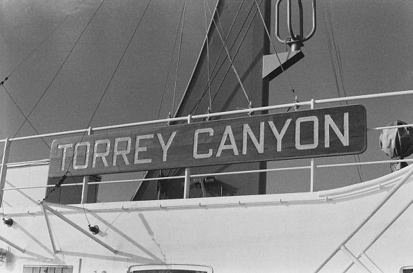 William Lovelace「The SS Torrey Canyon」:写真・画像(15)[壁紙.com]