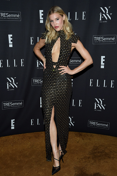 Maxi Dress「E!, ELLE, & IMG Presented By TRESemmé Host NYFW Kick-Off Party – Arrivals」:写真・画像(4)[壁紙.com]