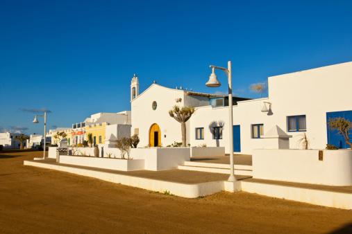 La Graciosa - Canary Islands「Caleta del Sebo village」:スマホ壁紙(16)