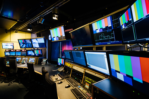 Television Industry「TV And Video Control Room」:スマホ壁紙(10)