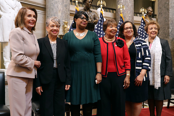 Eddie House「Speaker Nancy Pelosi Hosts Women's History Month Reception Honoring The Space Program's Female Mathematicians」:写真・画像(2)[壁紙.com]