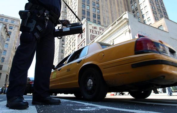 Traffic「NY Police Increase Vigilance After Possible Terror Threat」:写真・画像(17)[壁紙.com]