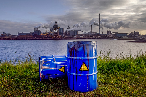 Poisonous「chemical waste drums in front of heavy industry」:スマホ壁紙(3)