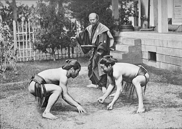 'Japanese Wrestlers Ready for a Go', c1902, (1903):ニュース(壁紙.com)