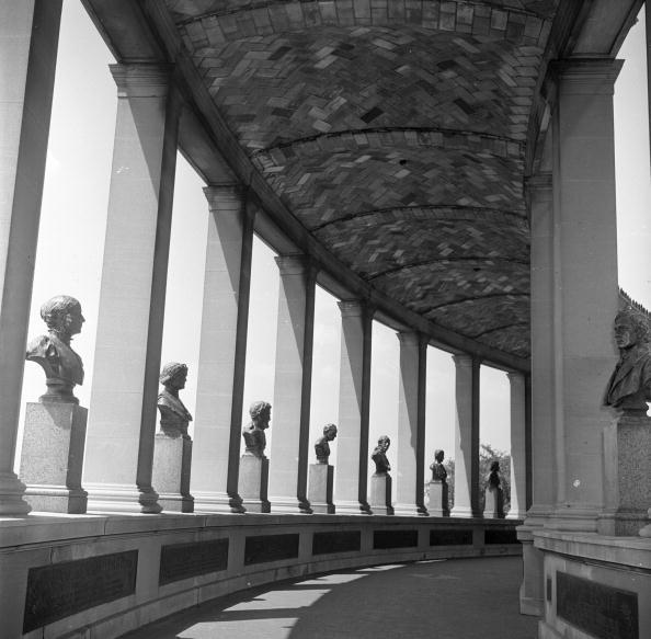 Bust - Sculpture「Hall Of Fame」:写真・画像(14)[壁紙.com]