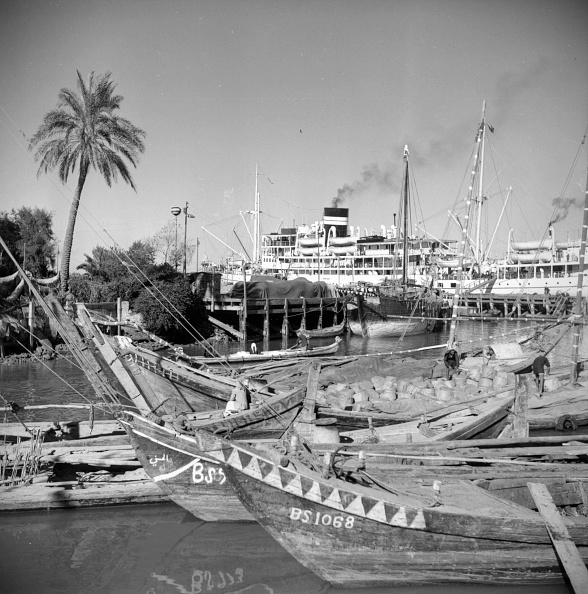 Passenger Craft「Boats In Basra」:写真・画像(14)[壁紙.com]