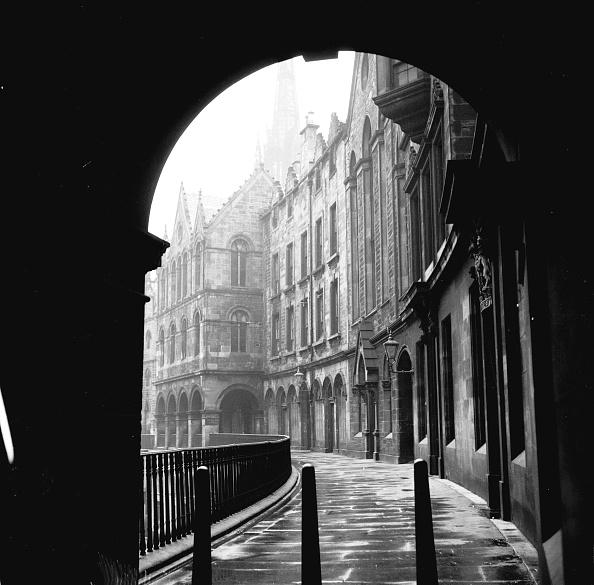 Curve「Scottish Backstreet」:写真・画像(5)[壁紙.com]