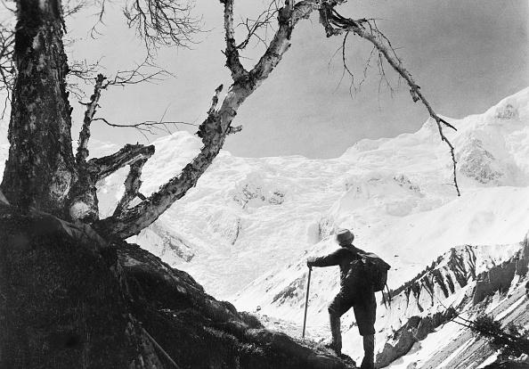 Black And White「Himalayan Climber」:写真・画像(15)[壁紙.com]