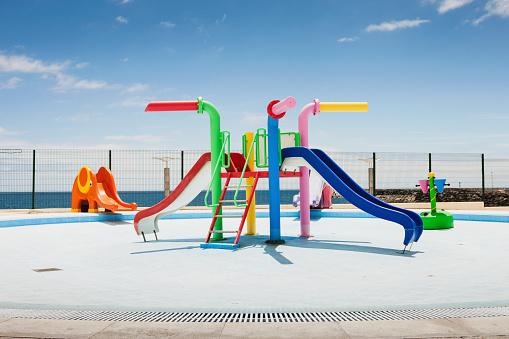 Swimming Pool「Abandoned playground」:スマホ壁紙(13)