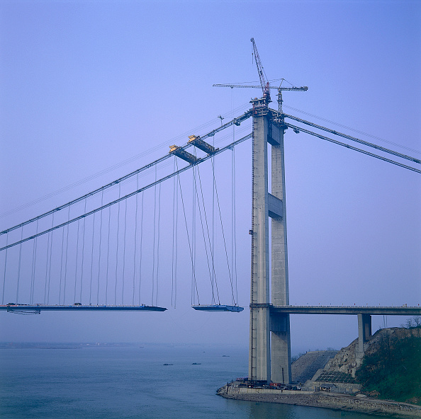 Suspension Bridge「Jiang Yin suspension Bridge across the Yangtse River, China. June 1999.」:写真・画像(14)[壁紙.com]