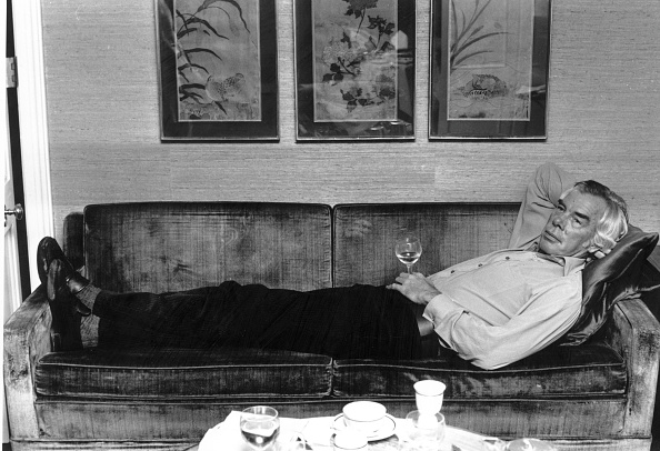 Sofa「Lee Lying」:写真・画像(2)[壁紙.com]