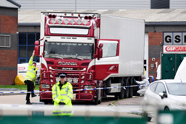 Semi-Truck「39 Bodies Discovered In Lorry In Thurrock」:写真・画像(2)[壁紙.com]