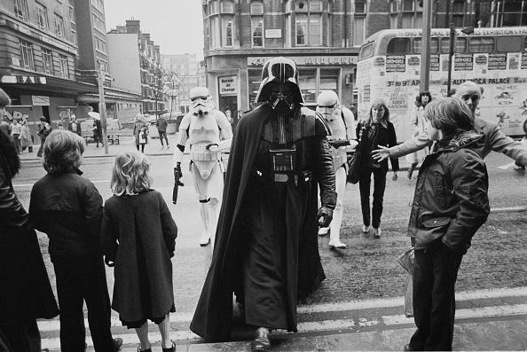 Star Wars「Darth Vader in London」:写真・画像(6)[壁紙.com]