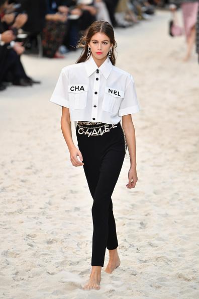 Chanel「Chanel : Runway - Paris Fashion Week Womenswear Spring/Summer 2019」:写真・画像(14)[壁紙.com]