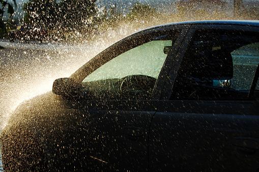 Hurricane - Storm「Car under Heavy Rain」:スマホ壁紙(7)