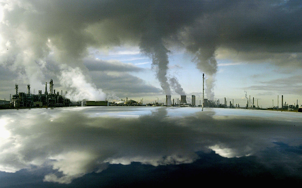 Pollution「Middle East Instability Props Oil Price Close to All Time High」:写真・画像(19)[壁紙.com]
