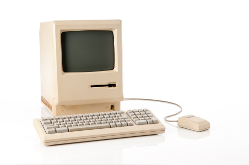 Computer Key「Old Apple Macintosh Classic Computer」:スマホ壁紙(9)