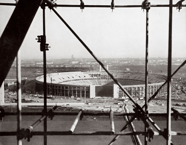 Outdoors「The Olympic Stadium From The Bell Tower Berlin Germany circa 1936-circa 1936」:写真・画像(9)[壁紙.com]