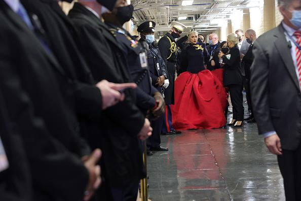 National Anthem「Joe Biden Sworn In As 46th President Of The United States At U.S. Capitol Inauguration Ceremony」:写真・画像(16)[壁紙.com]