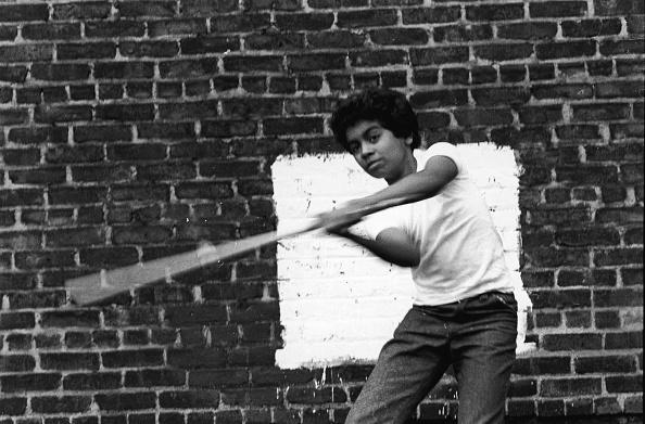Behind「Stickball In NYC」:写真・画像(13)[壁紙.com]