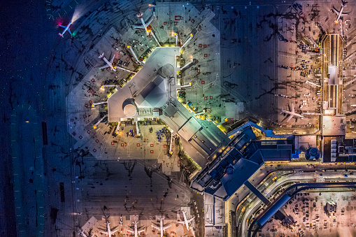 Airport Runway「Aerial night view of San Francisco International Airport」:スマホ壁紙(14)