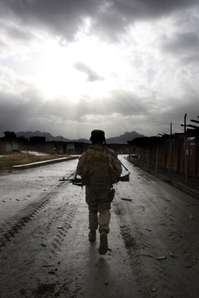 John Moore「U.S. Marines Continue Counterinsurgency Operations In Helmand Province」:写真・画像(4)[壁紙.com]