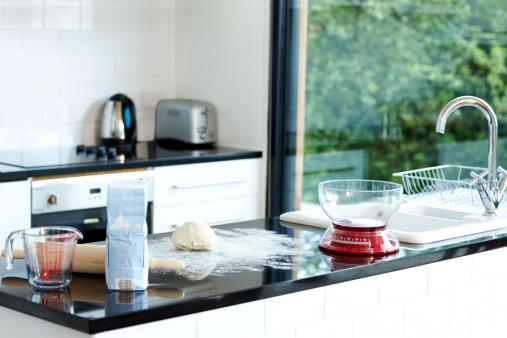 Baked「Domestic kitchen during bread preparation」:スマホ壁紙(16)
