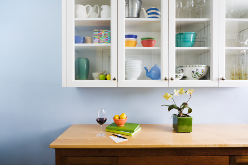 Arrangement「Domestic Kitchen Counter Top and Cabinet Display of Neat Organization」:スマホ壁紙(8)